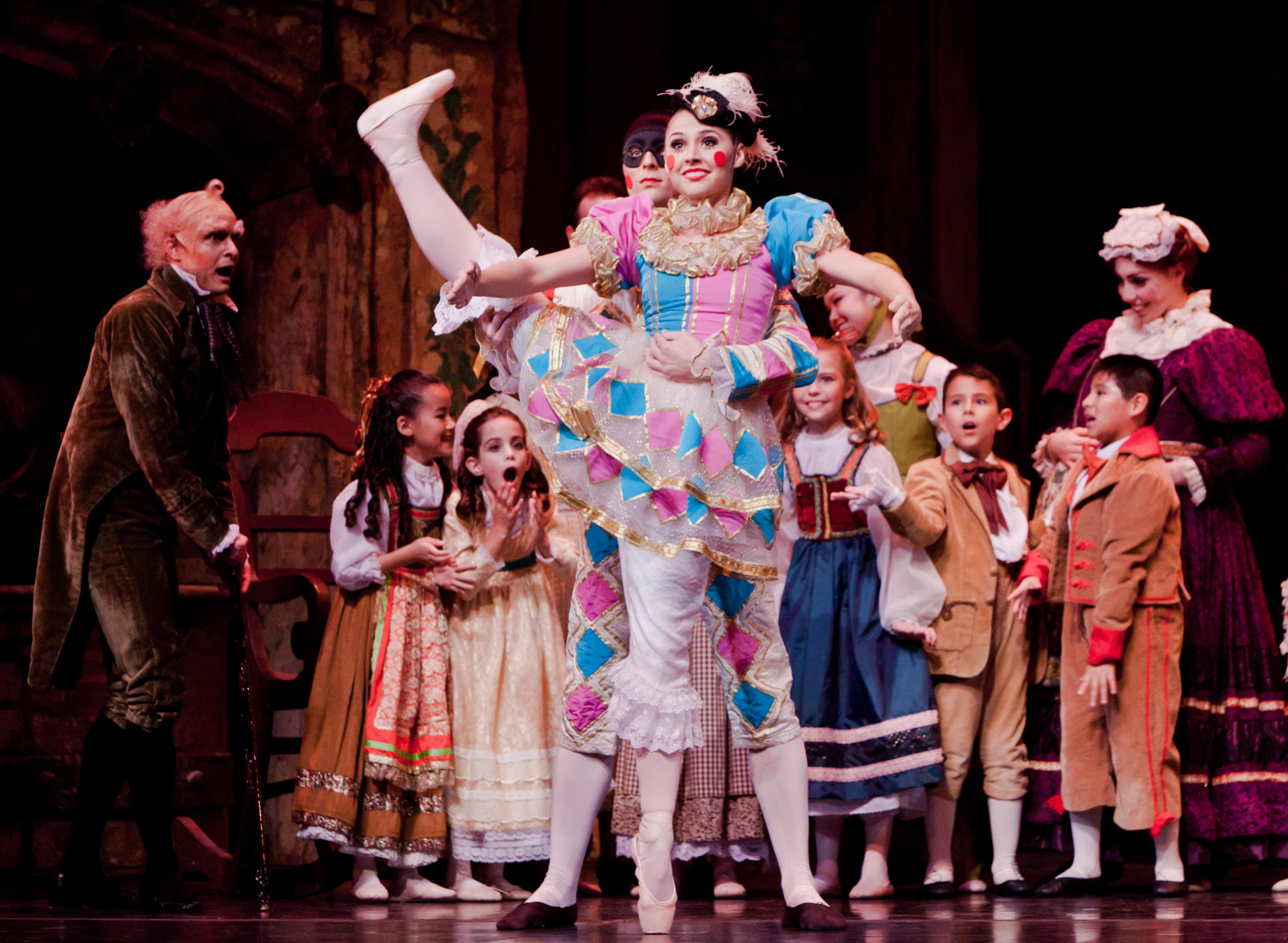 Houston Balletu2019s Joyful NUTCRACKER Exceeds Expectations : The Peopleu0026#39;s Critic