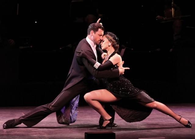 Maksim Chmerkovskiy & Karina Smirnoff in FOREVER TANGO Photo: Walter McBride