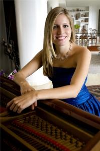 GABRIELA MARTINEZ, Soloist PHOTO: Monica Trejo
