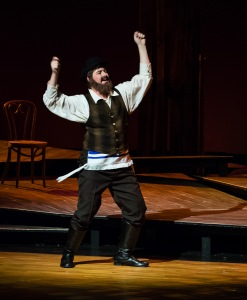 William Hahn as Tevye PHOTO: Len Bates